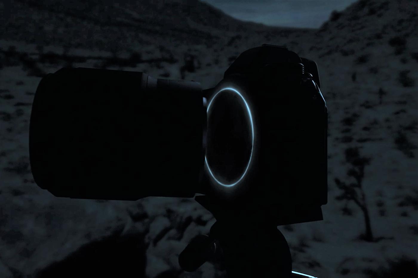 ニコンが新型ミラーレスカメラと思われる映像を公開