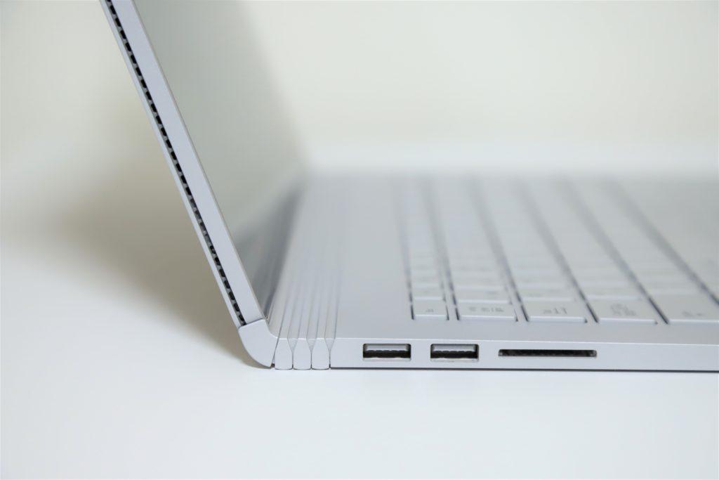 SurfaceBook2のイメージ画像Ⅱ