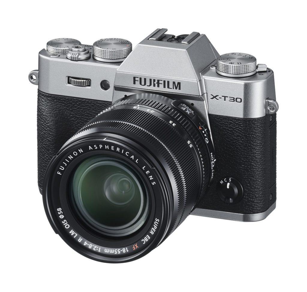 富士フイルムのミラーレスカメラ X-T30