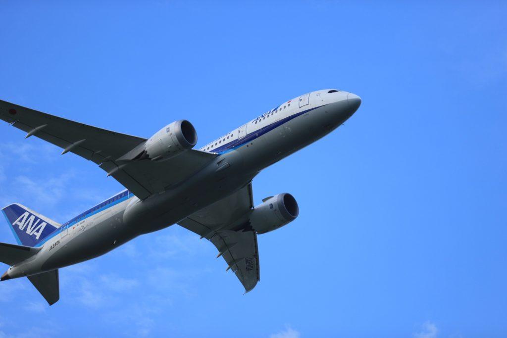フルサイズ機で撮影した飛行機写真