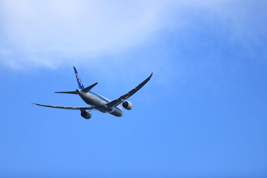 フルサイズセンサーカメラで撮影した飛行機写真