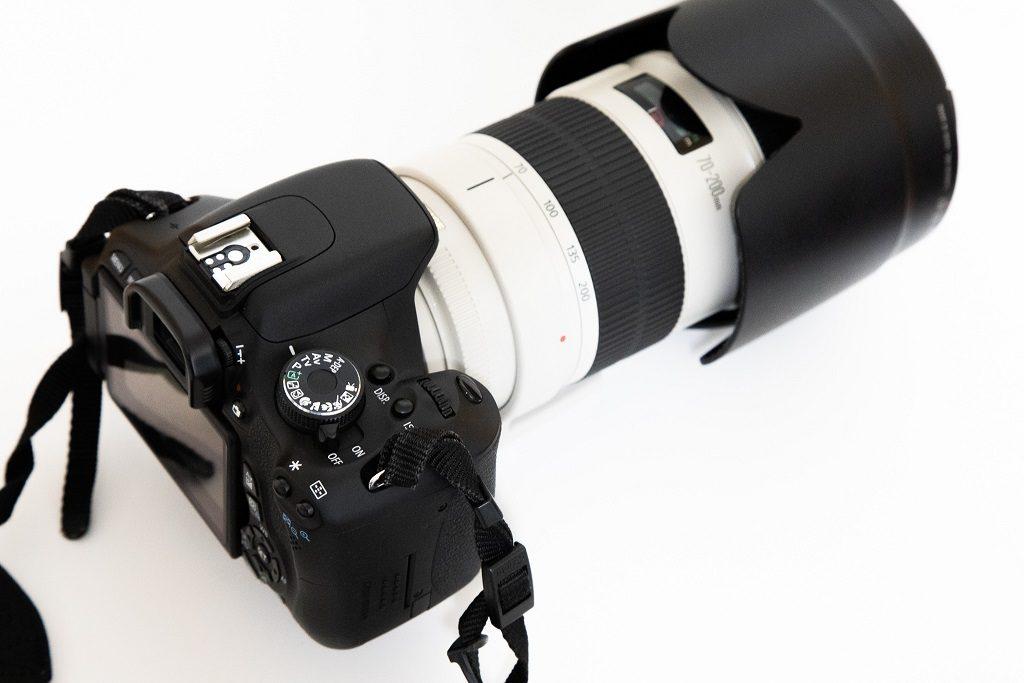 エントリーモデルカメラとプロ向けレンズの組み合わせ