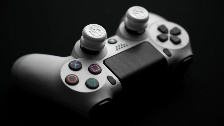 PS4の純正コントローラをオススメする理由まとめ