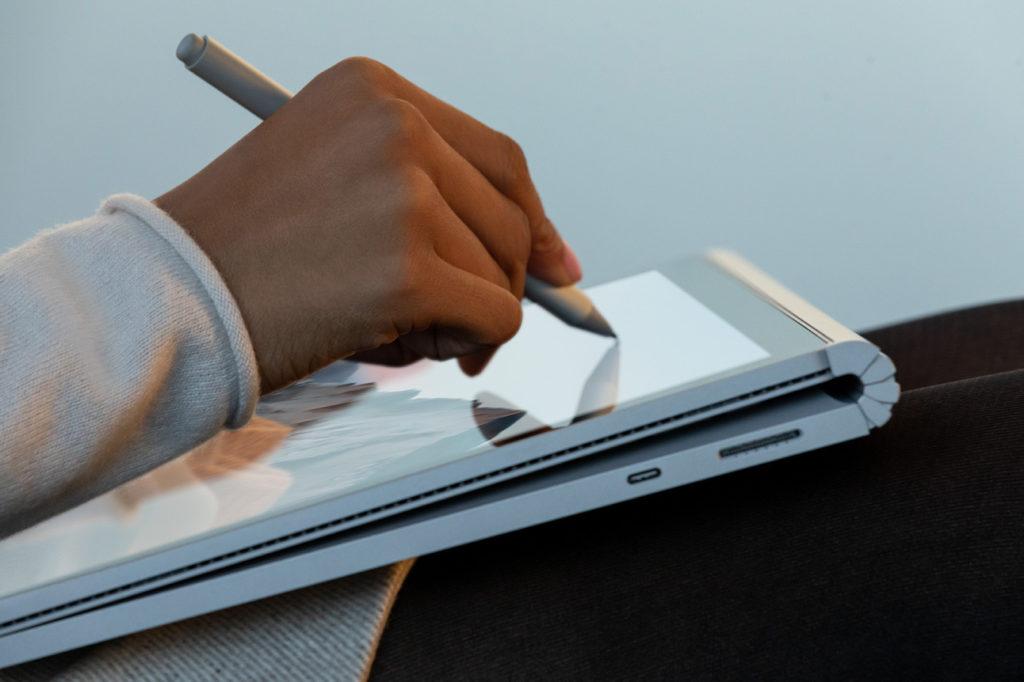クリエイター向けのPC Surface Book 3のイメージ画像