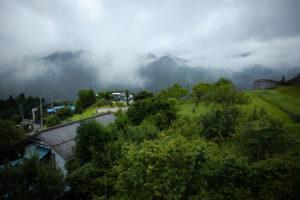 変わりやすい山の天気のイメージ