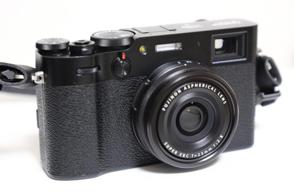 富士フイルムのX100Vのボディイメージ
