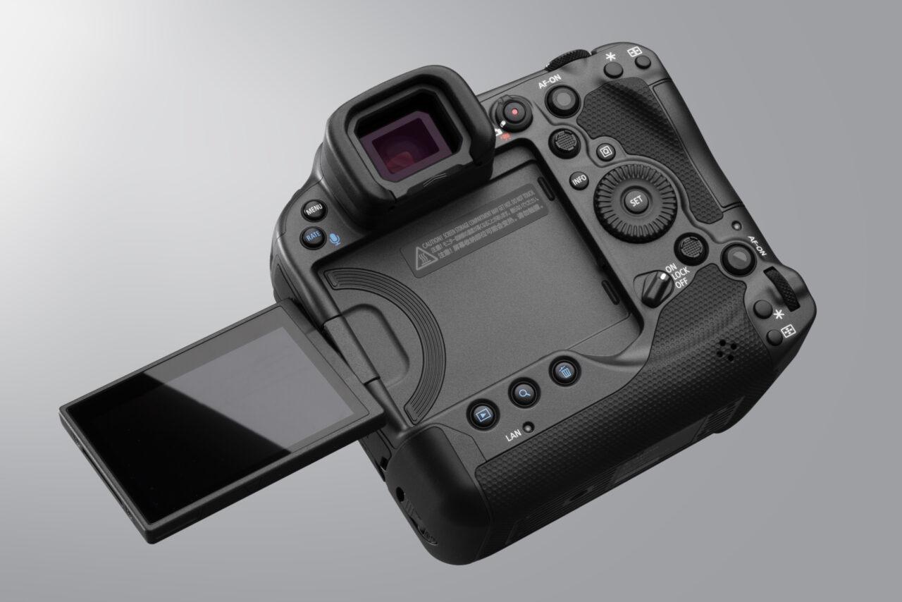 EOSR3のバリアングルモニターのイメージ写真